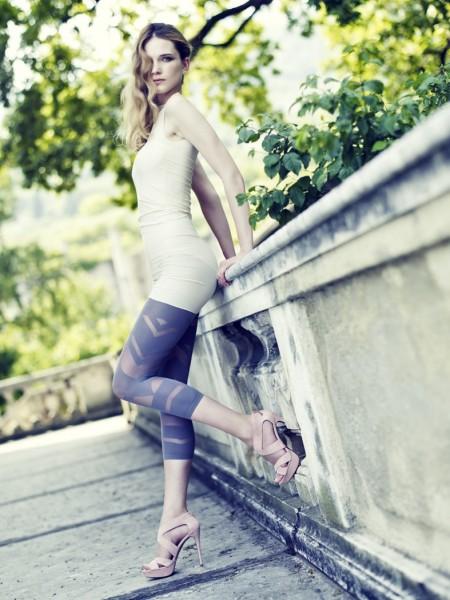 Omero gemusterte Capri-Leggings mit transparenten Details Kiele